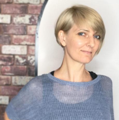 Salon for blonde hair for women